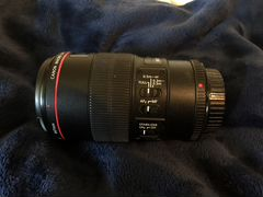 Canon macro 100mm 2.8L IS