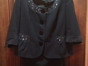 Женский костюм (пиджак+юбка)