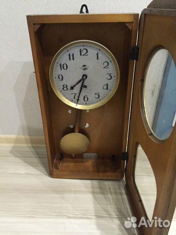 фото часы с маятником