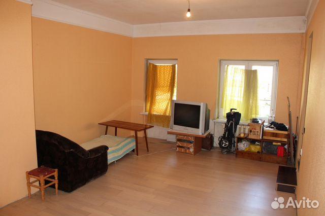 Продается двухкомнатная квартира за 3 500 000 рублей. улица Горького, 152 кв.4.