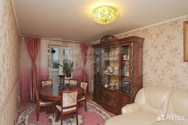 Продается трехкомнатная квартира за 6 000 000 рублей. Республики, 81.