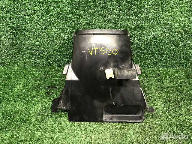 89831314444  Пластик подрамника Honda VT500 Shadow PC08
