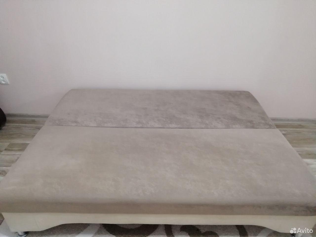 Диван  89061342220 купить 2